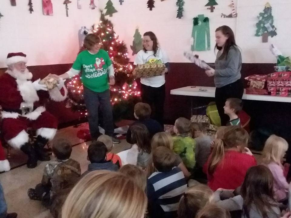 Local Outreach Ministries - Community Christmas Dinner